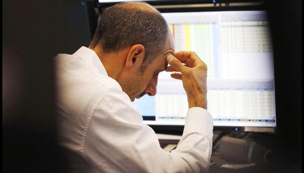 Borsa: Milano chiude in calo, -0,67%