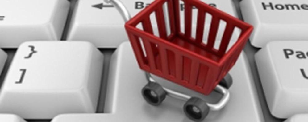 Shopping sì, ma (molto) on line  In Italia vale16,6 miliardi di euro