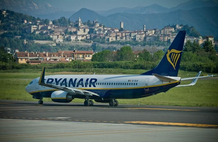 Un aereo Ryanair ad Orio al Serio