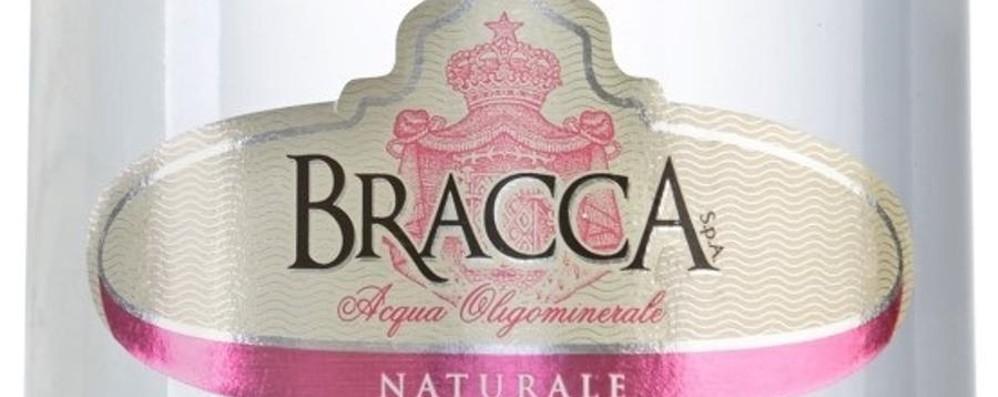 L'acqua Bracca si rifà il look La bottiglia cambia forma