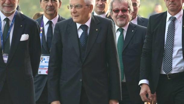 Mattarella, in Italia fare squadra