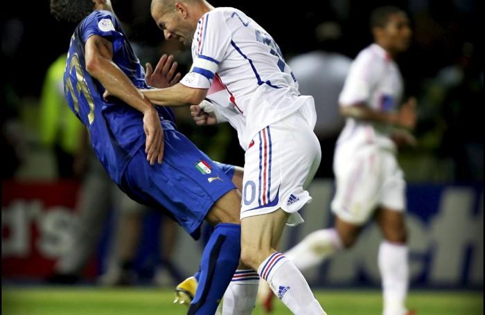 La famosa testate di Zidane a Materazzi nella finale del Mondiale 2006