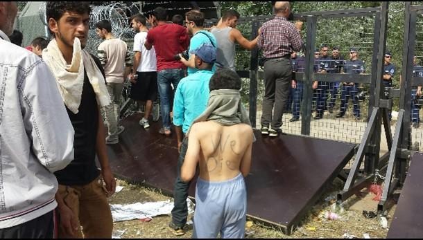 In Croazia migrante afghana di 105 anni