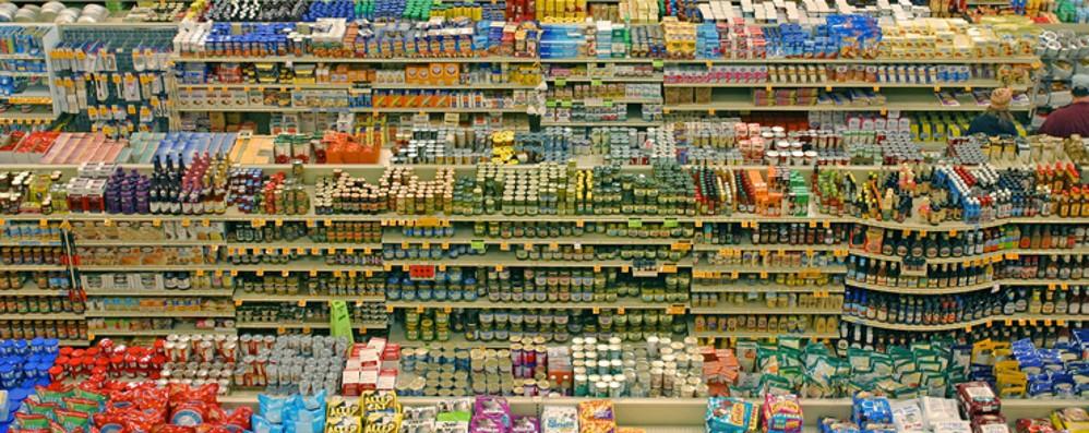 Ridurre lo spreco di cibo: c'è la legge La Lombardia prima Regione in Italia