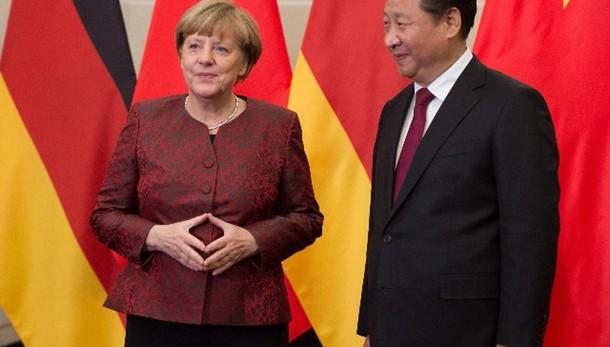 Merkel in Cina vede legali diritti umani