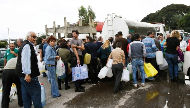 Renzi infuriato per Messina senz'acqua