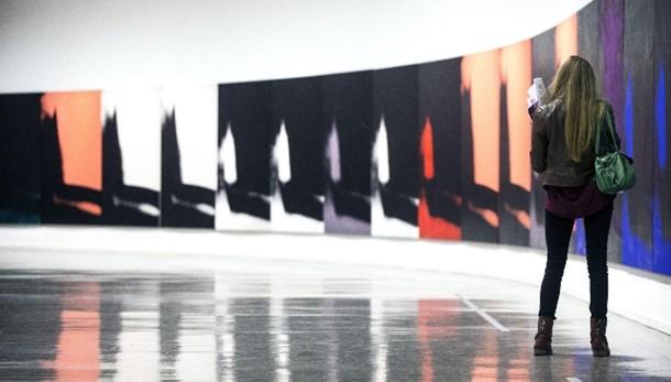 Warhol, prima volta in Europa per Ombre
