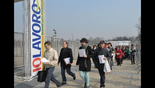 Istat:disoccupazione giovani cala a 40,5
