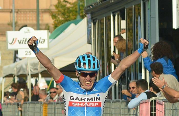 Daniel Martin trionfante a Bergamo nel 2014