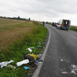 In moto contro un'auto a Osio Sotto Tre feriti: anche una donna incinta