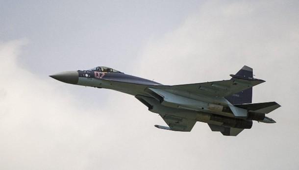 Nato, Russia fermi raid su civili Siria