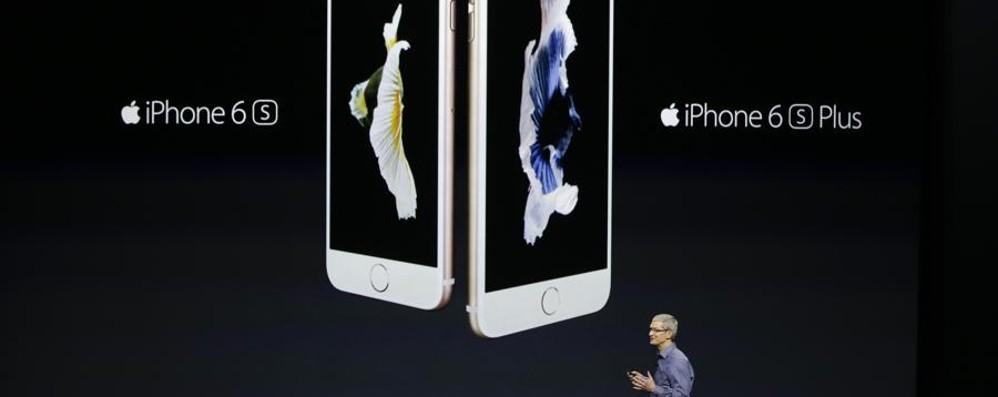 Apple 6s: via ai preordini online  Giovedì sera Unieuro aperto fino all'1