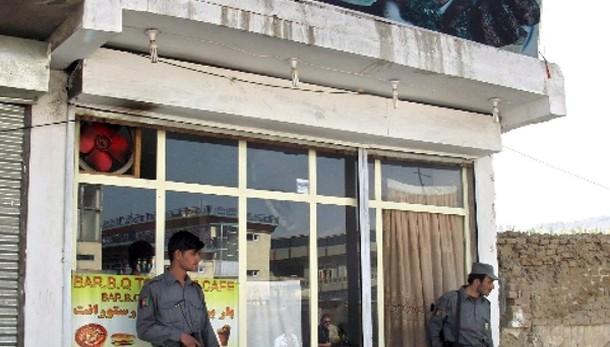 Afghanistan:attentato ristorante,2 morti