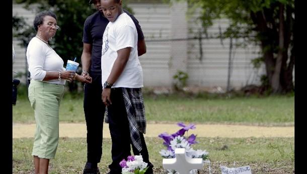 Usa:nero Scott ucciso,a famiglia 6,5 mln