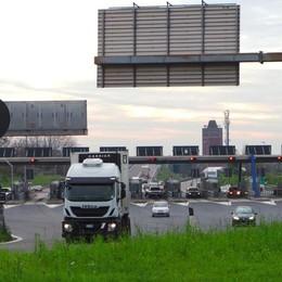 A4, Bergamo due notti senza casello Chiusure anche a Cavenago e a Monza