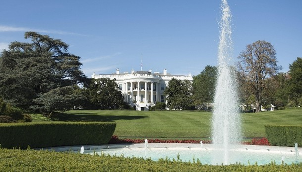 Casa Bianca rosa per prevenzione cancro