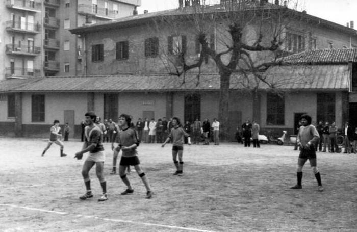 Unione Sportiva Nosari: una partita all'oratorio dell'Immacolata negli anni 60