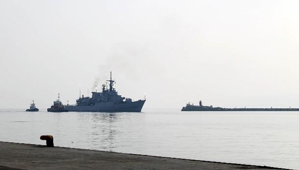 Difesa: no navi italiane in acque Libia