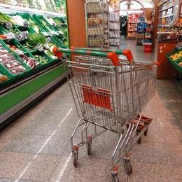 Il carrello della spesa costa di più Istat: rincari per i prodotti alimentari
