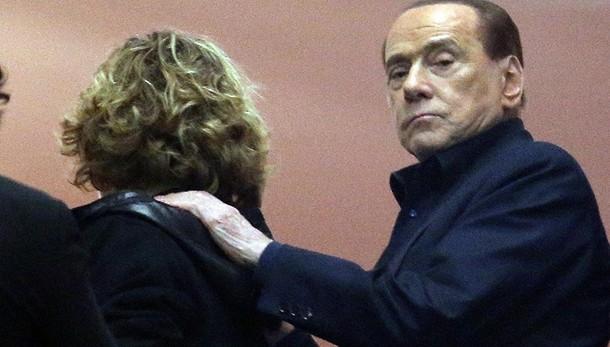 Berlusconi,vedremo chi guiderà c. destra