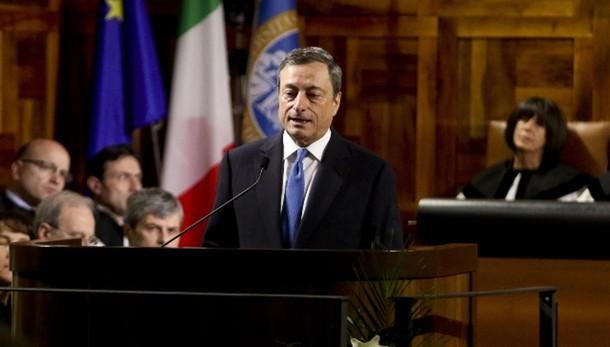 Draghi, ripresa moderata, rischi ribasso