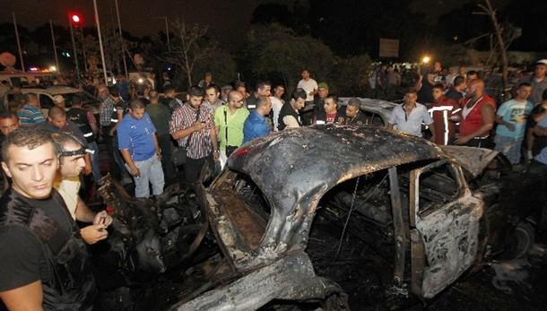 Kamikaze a Beirut, 'diversi uccisi'