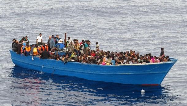 Record migranti a ottobre, 218mila