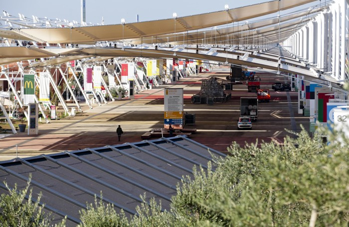 Una veduta dei padiglioni Expo all'indomani della chiusura
