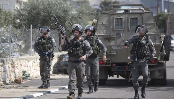 4 persone accoltellate nel sud Israele
