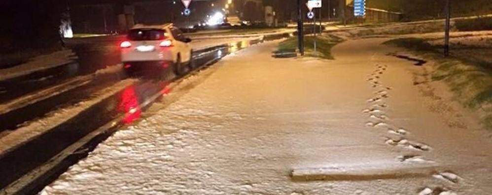 Pazzo meteo, grandine a novembre Neve in Val Cavallina - le vostre foto