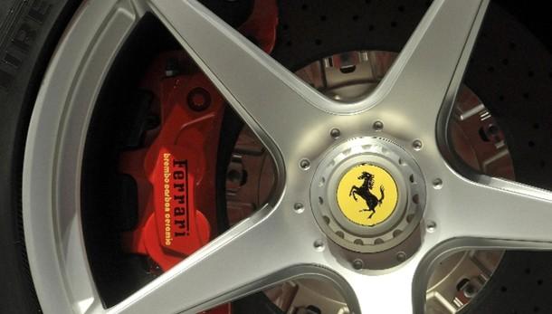 Ferrari presenta domanda Piazza Affari