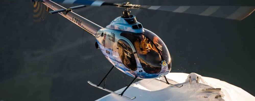 Simone Moro pronto per l'Himalaya Prima record mondiale in elicottero - video