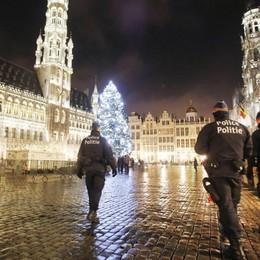 «Non avete idea, siamo sotto assedio» Salta la festa bergamasca a Bruxelles