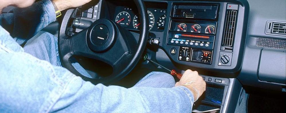 Auto, due furti l'ora in Lombardia E 500 e Punto vanno (molto) a ruba