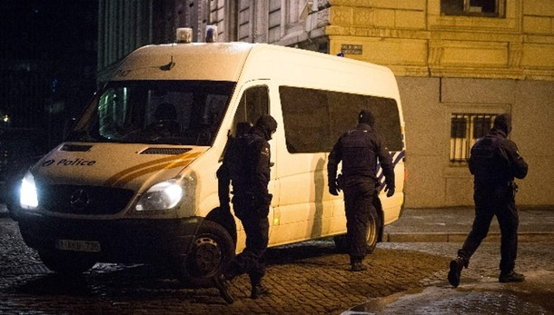 Bruxelles: media, operazione polizia