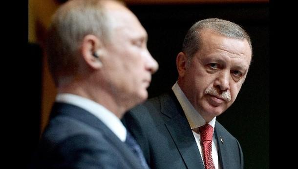 Erdogan, la Russia non combatte l'Isis