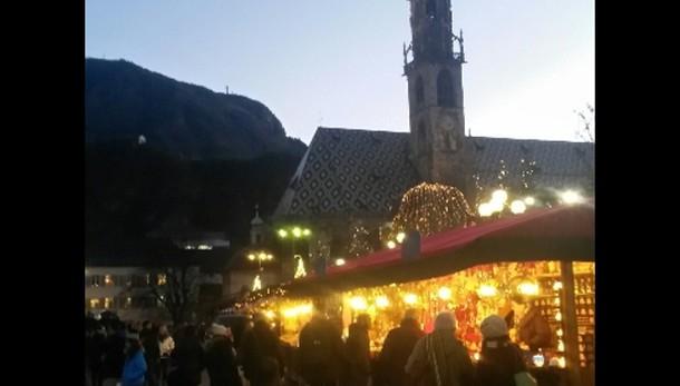 Inaugurato 25/o mercatino Natale Bolzano