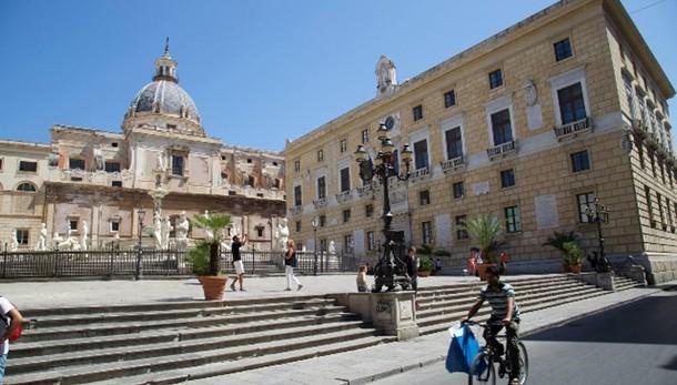 Comuni:Palermo M5s,svelata 'gettonopoli'
