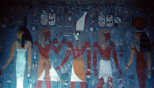 Nefertiti, spazi segreti in tomba Tut