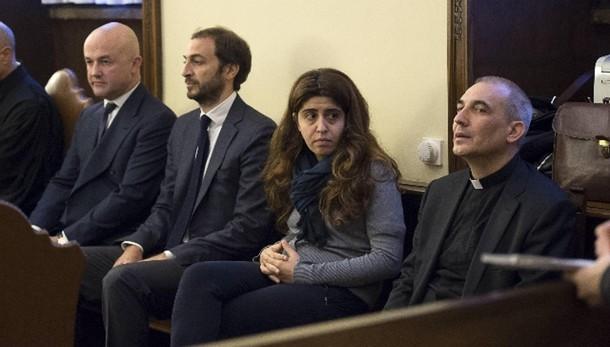 Papa: errore scegliere Balda e Chaouqui