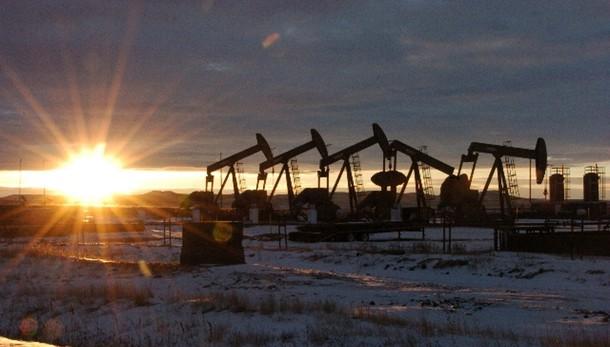 Petrolio chiude a Ny a 41,65 dollari