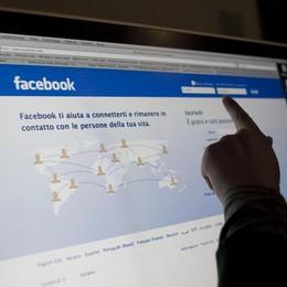 Facebook, boom di utenti ma i contenuti sono in calo