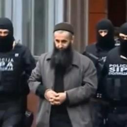 «Reclutava terroristi Isis», condannato 7 anni all'imam che predicò a Bergamo