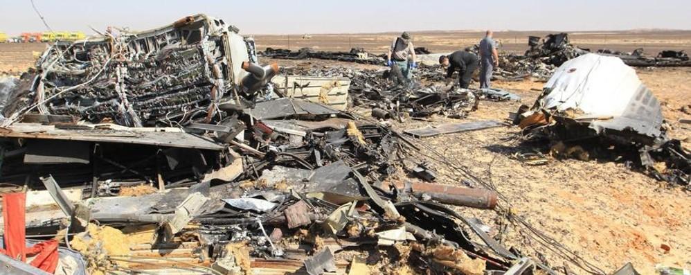 Il disastro in Egitto non ferma gli italiani L'aereo russo si è distrutto in volo