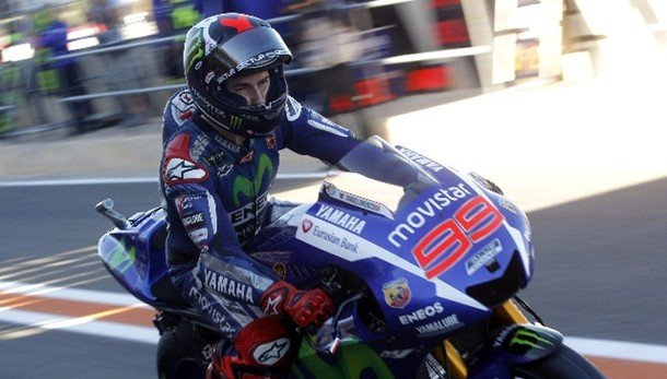 MotoGp: Valencia, Lorenzo pole stellare