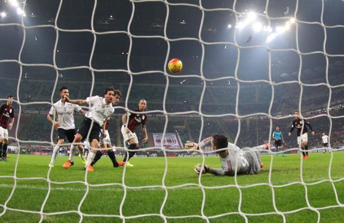 La palla-gol più ghiotta del match, quella di Cigarini al 18' st