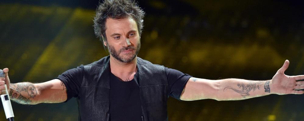Nek scrittore e cantante a Bergamo Martedì presenta il   libro, poi concerto