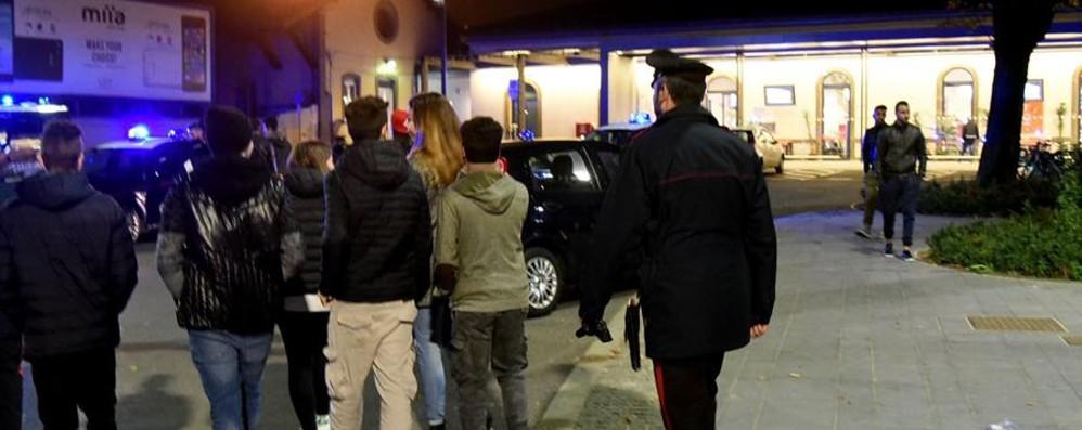 Notte di controlli a Bergamo Verificate 150 persone in centro