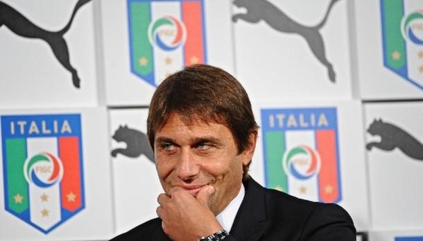 Calcio: Ermanno Scervino vestirà azzurri