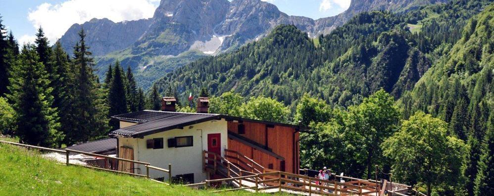 Rifugio Alpe Corte nel mirino Due furti in due settimane